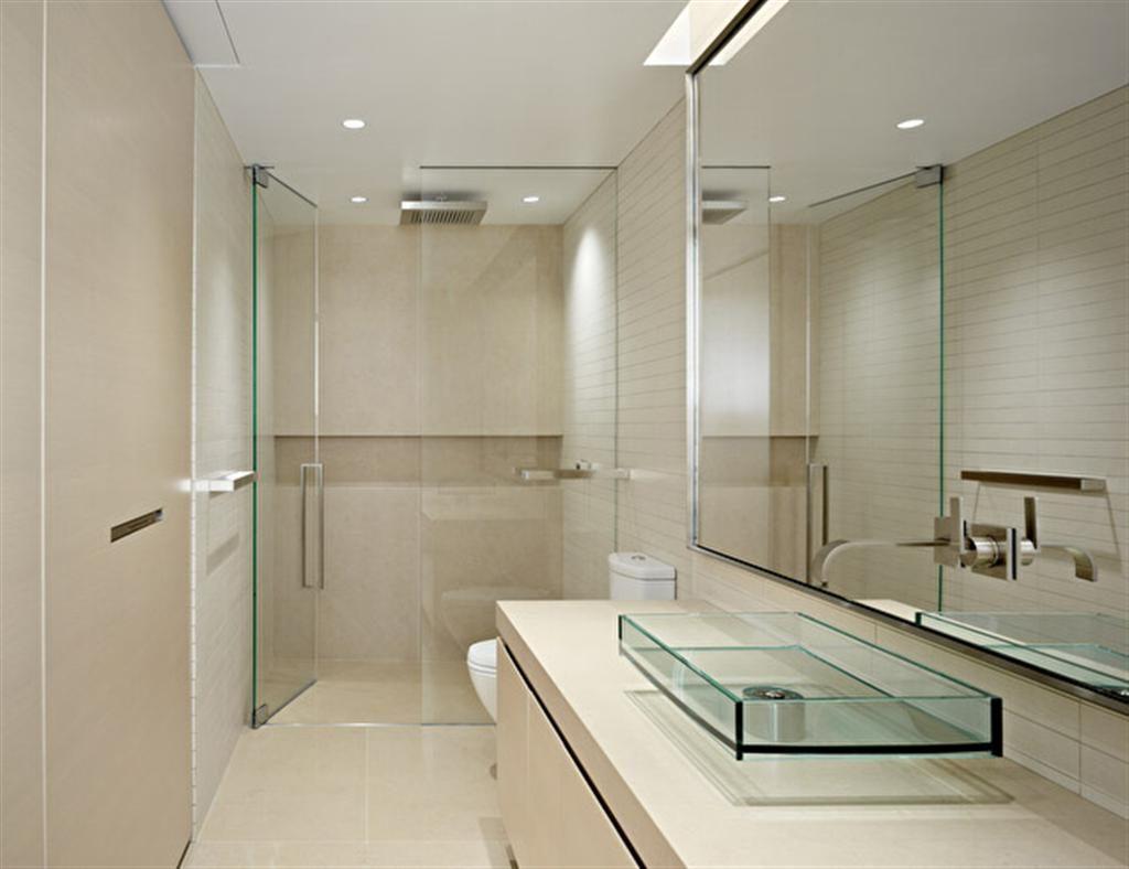 Baño sin luz acabado cristal